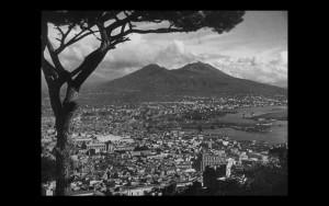 Naples 44: recensione