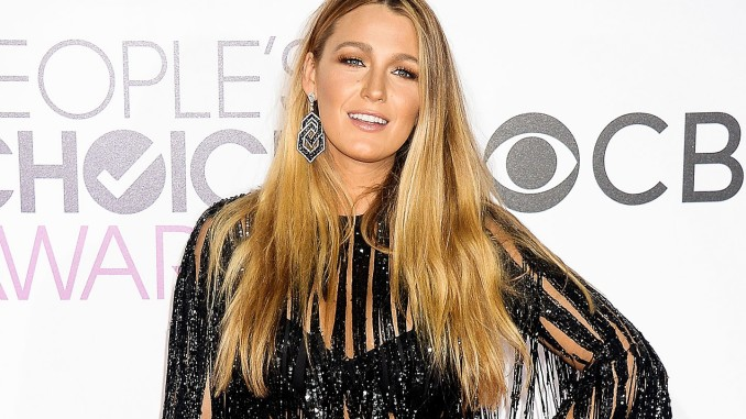 t-blake-lively-peoples-choice-awards-2017