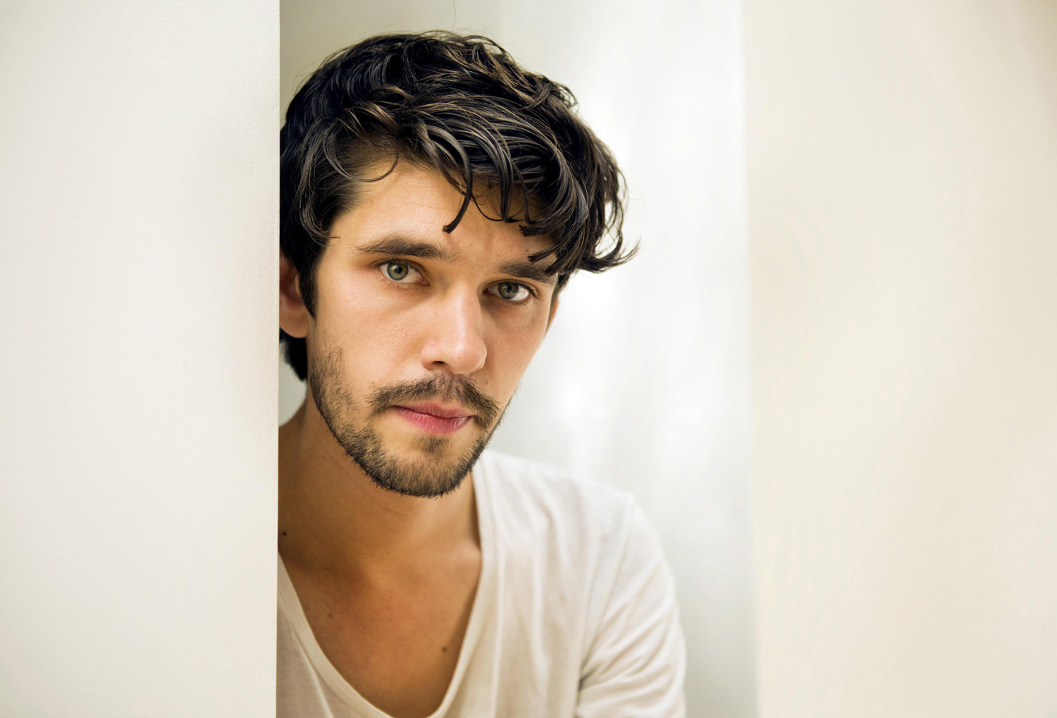 Ben_Whishaw_Photo15