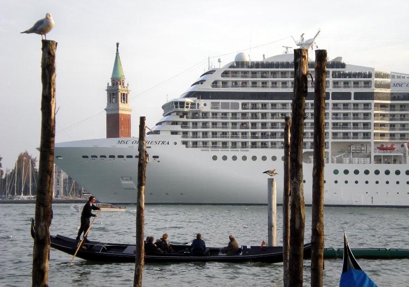 Teorema venezia documentario
