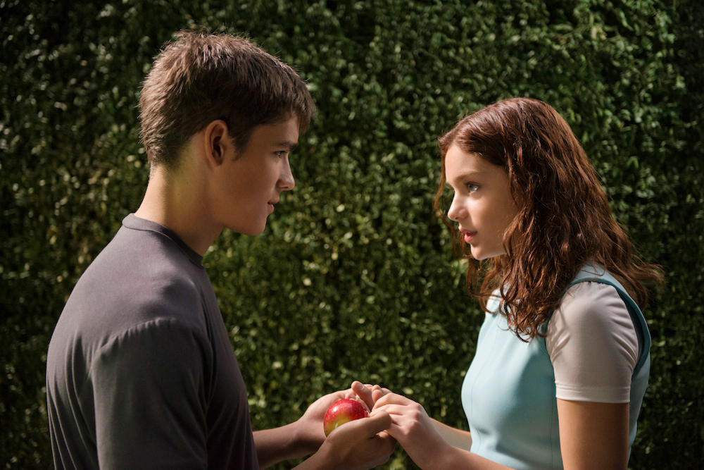 Odeya Rush and Brenton Thwaites star in THE GIVER.