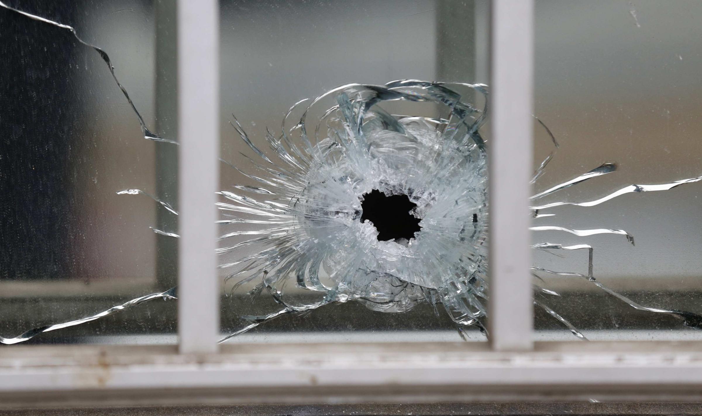 "Parigi, sparatoria nella sede di ""Charlie Hebdo"""