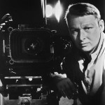 Mike Nichols, regista del film, in un vecchio ritratto