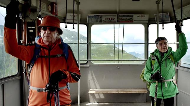 Michael Caine e Harvey Keitel in una scena del film