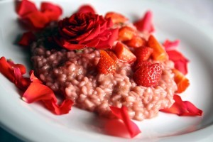 Risotto-fragole-e-rose