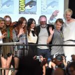 Il cast di Game of Thrones alla fine del panel della serie.