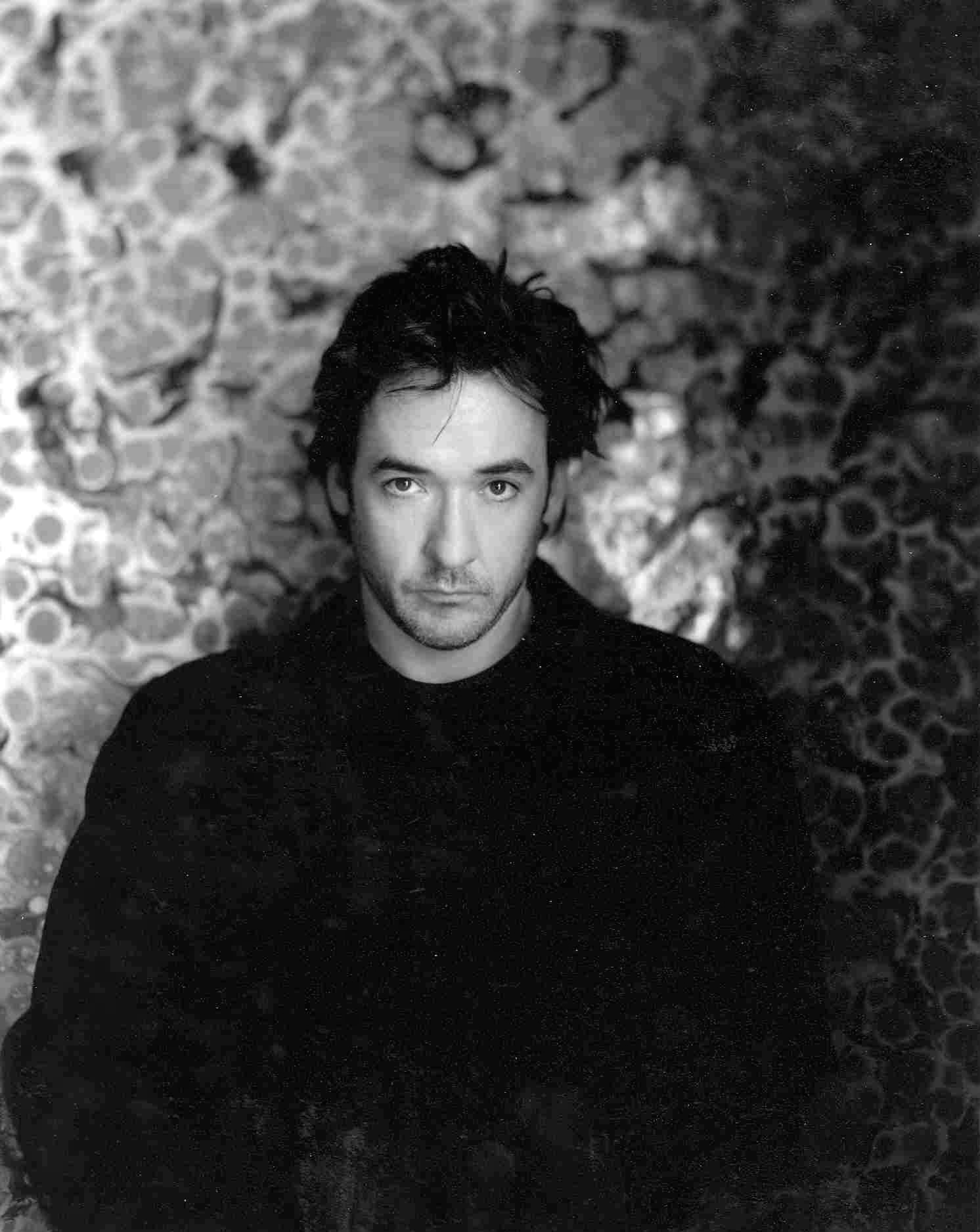 John_Cusack_official_portrait