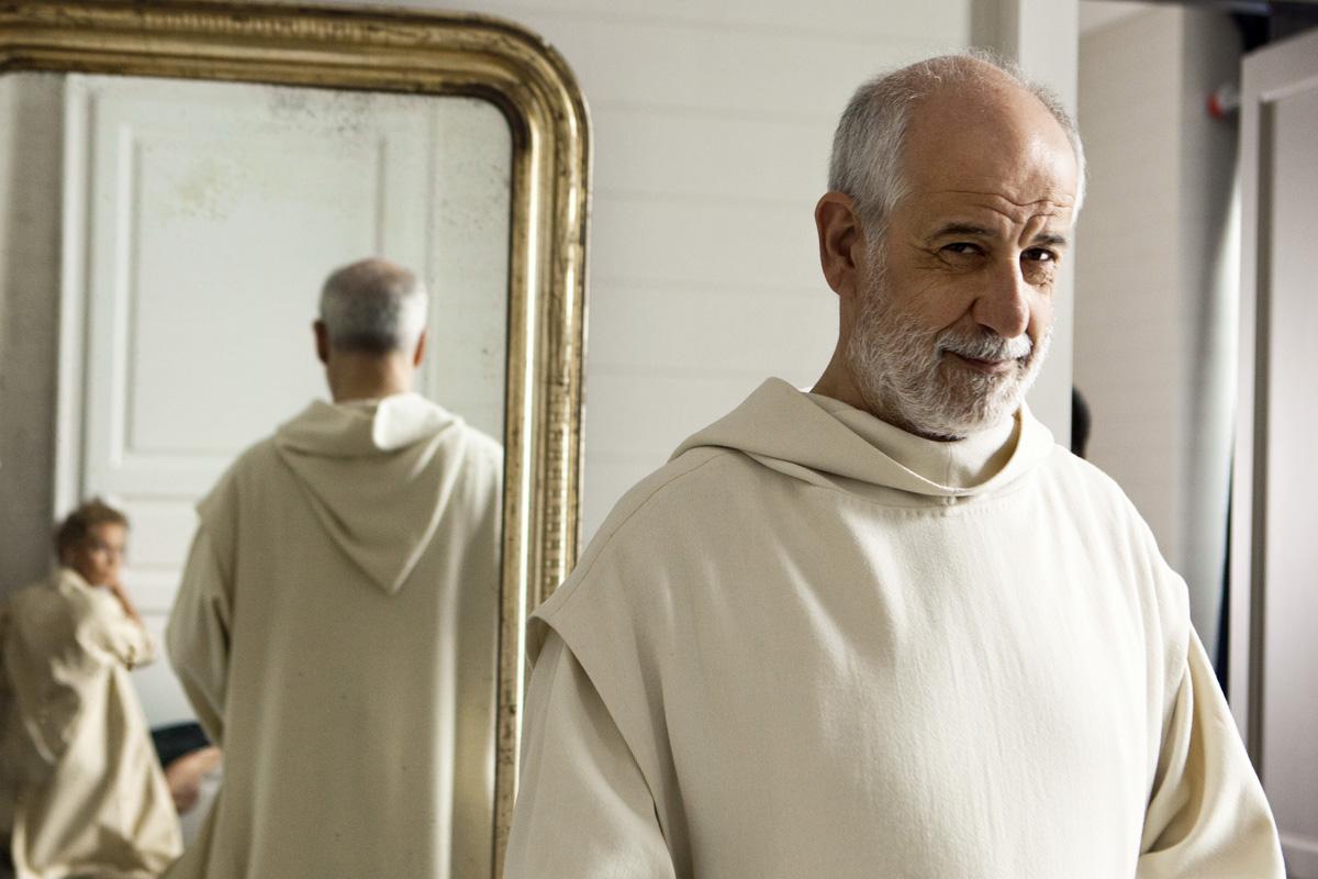 Le-confessioni-2016-movie-Still-8