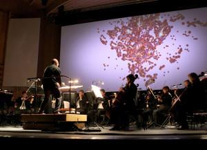 ARS ELECTRONICA 2008; A NEW CULTURAL ECONOMY: Sonorous Embodiment- Gro§e Konzertnacht; Brucknerhaus, Gro§er Saal - Michael van der Aa: Foto: rubra