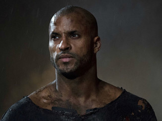 "The 100 -- ""Resurrection"" -- Image: HU213B_0422 -- Pictured: Ricky Whittle as Lincoln -- Photo: Cate Cameron/The CW -- © 2015 The CW Network, LLC. All Rights Reserved"