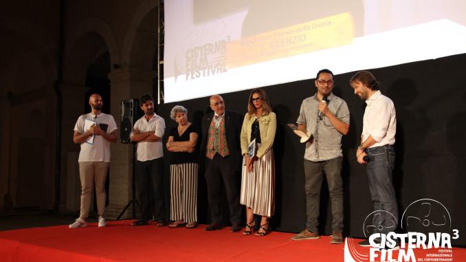 giuria e vincitore del cisterna film festival 2017