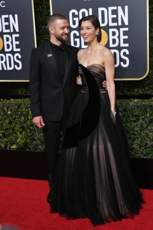 1-Justin-Timberlake-and-Jessica-Biel-golden-globes-2018-68-300×450