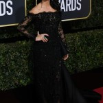 25-penelope-cruz-golden-globes-2018-128-300x450