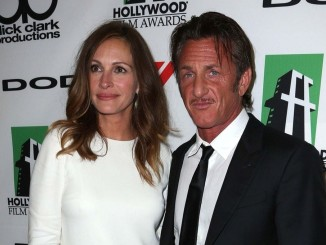 JULIA ROBERTS E SEAN PENN IN GASLIT