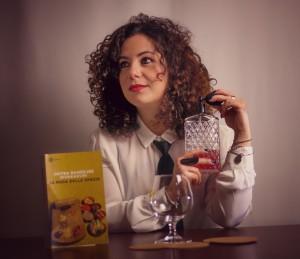 Laura Schirru head bartender del The Duke Cocktail Lounge Bar de La Maddalena photo by Giuseppe Secchi 1